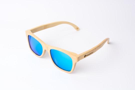 Fotografía de producto para la marca de gafas de sol Woodster